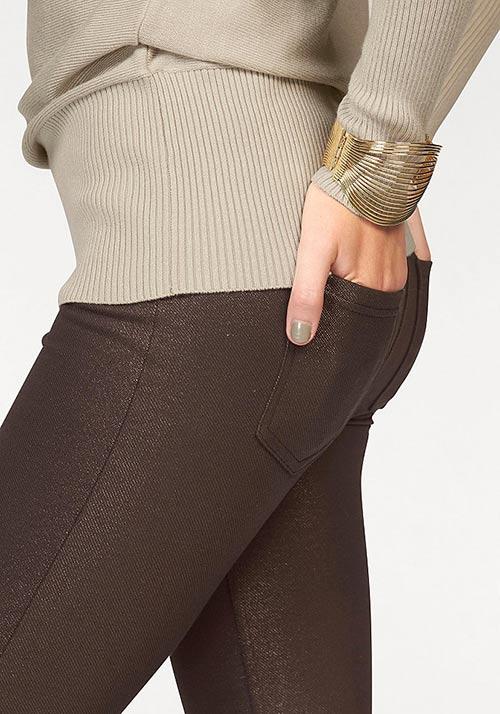 Hnedé nohavicové legíny s vreckami